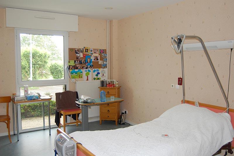 chambre hyacinthe h vin maison de retraite etrelles. Black Bedroom Furniture Sets. Home Design Ideas